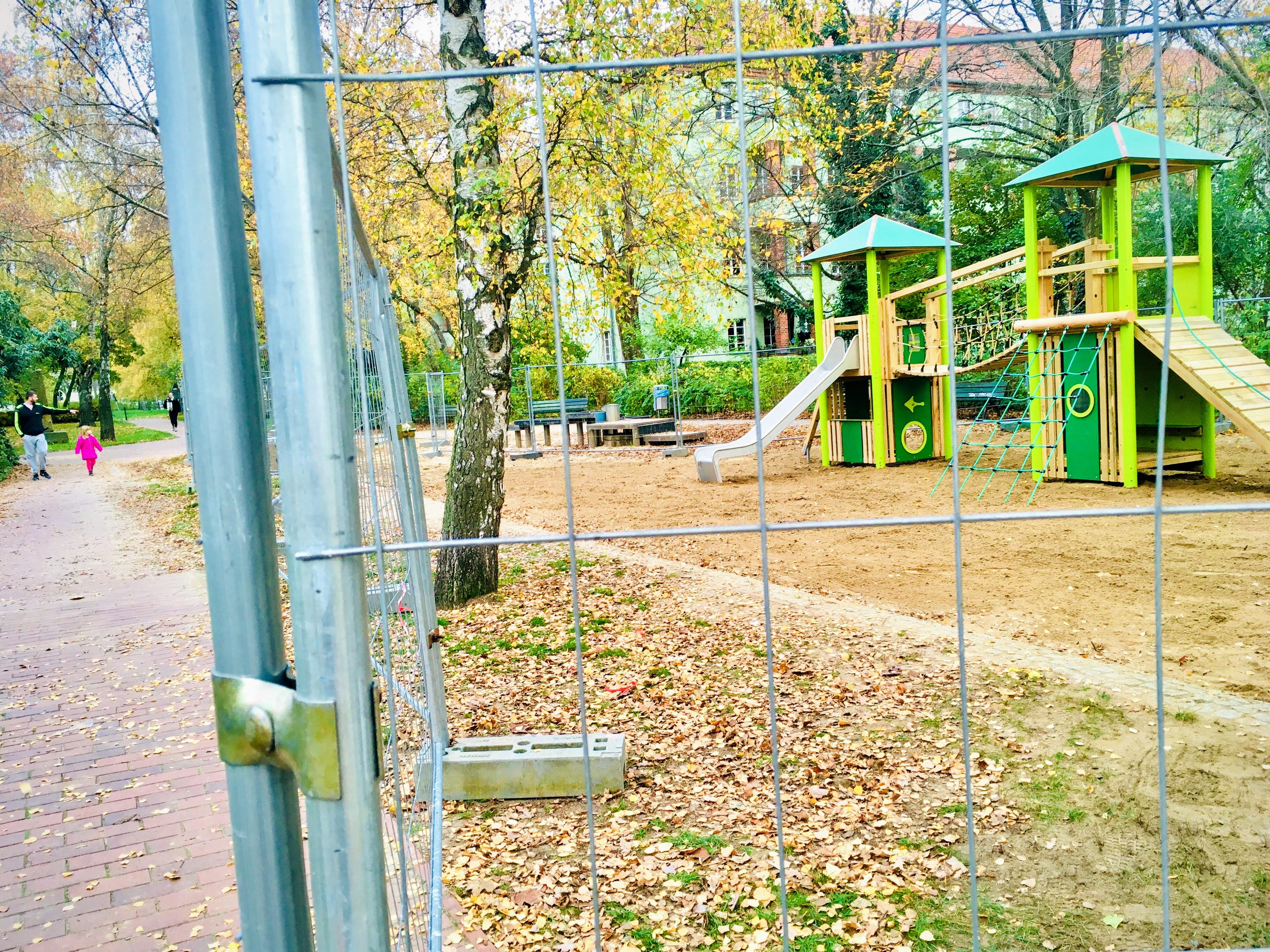 Austausch Spielgeräte öffentl. Kinderspielplatz Wigandstaler Straße Oktober bis Dezember 2020