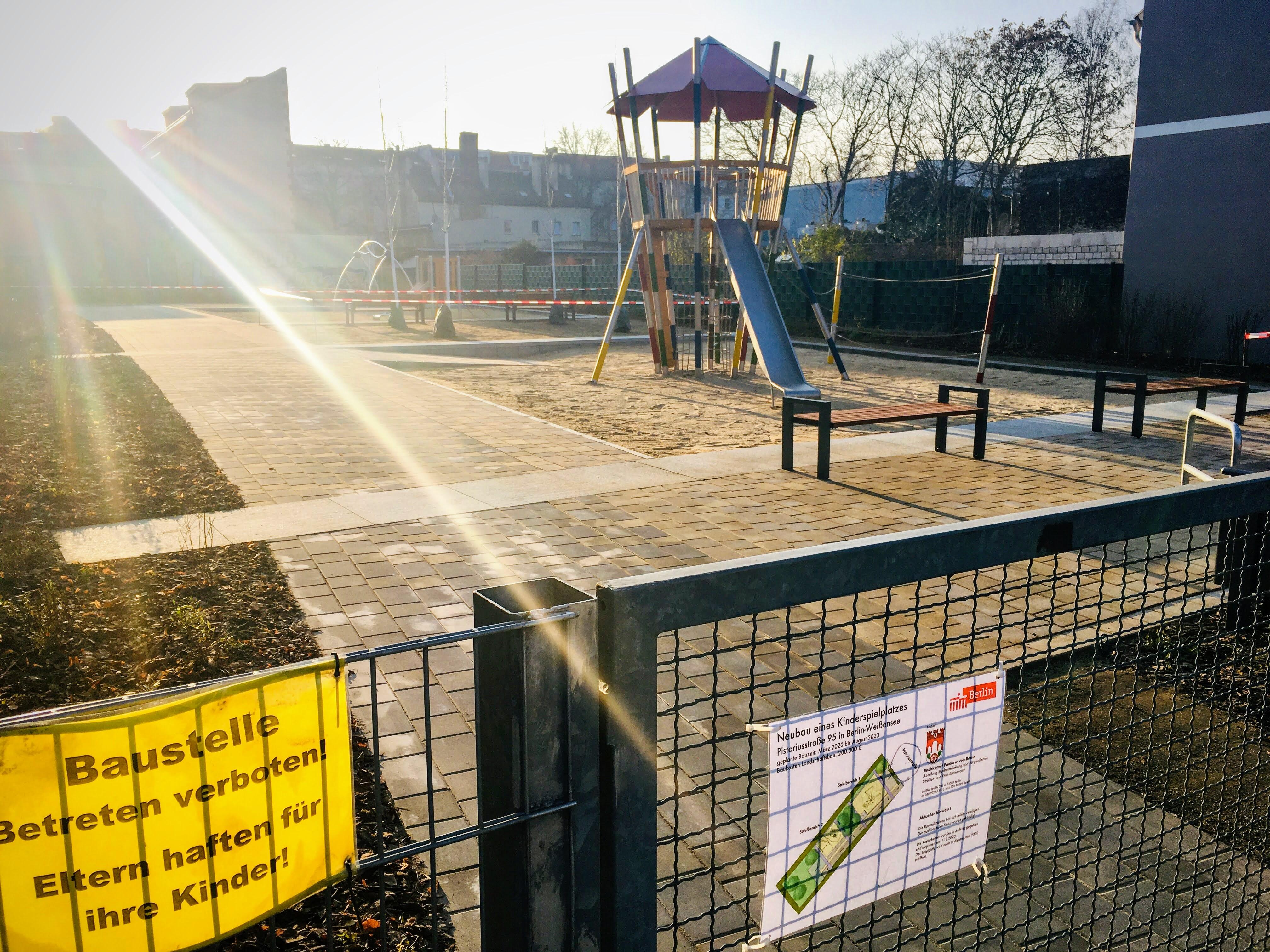 Öffentlicher Kinderspielplatz (Neubau) Pistoriusstraße 95,  Dezember 2020