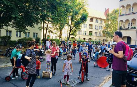 """Spiel- und Nachbarschaftsnachmittag am weltweiten """"autofreien Tag"""""""
